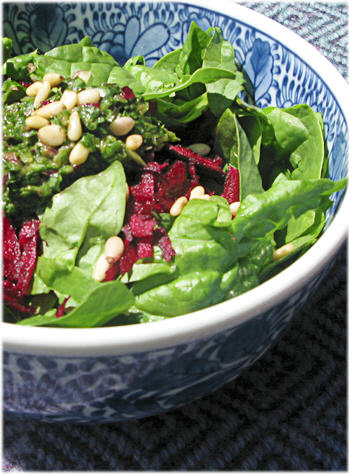 Spinach Salad with Beets and Herbed Pesto